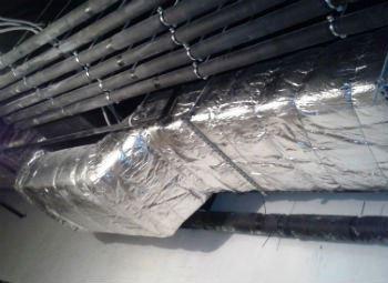 Вот так выглядит изолированный воздуховод