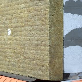 Монтаж минераловатного утеплителя на фасад дома