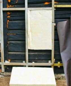 Утепление деревянного дома минеральной ватой